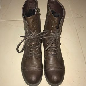 Brown combat boots barely used.